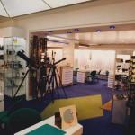 interieur-magasin-balducelli-opticiens-2000-bleu